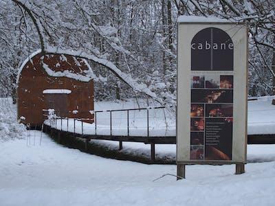 Cabane im Winter